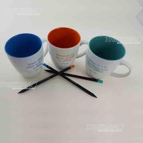 Tassen und Bleistift