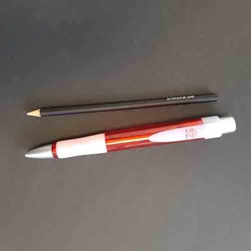 Riesenkugelschreiber